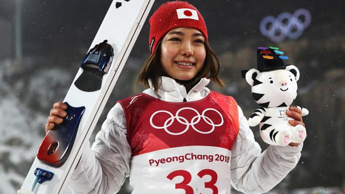 【平昌五輪】競技後のセレモニーでメダルが渡されないのはなぜ? 画像