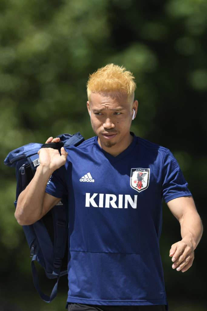 SEEFELD, AUSTRIA - JUNE 10: Yuto Nagatomo of Japan arrives for a training session on June 10, 2018 in Seefeld, Austria. (Photo by Masahiro Ura/Getty Images)
