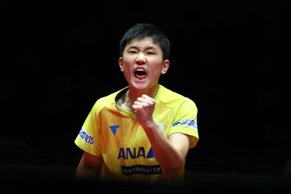 張本智和、吉村真晴も「張本強すぎて笑った」と驚愕する史上最年少優勝!強すぎと話題に 画像