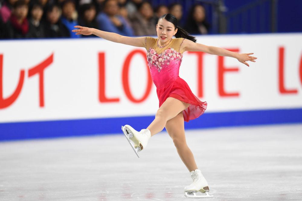 GPファイナル優勝の紀平梨花、姉の紀平萌絵も話題に…ダンサーとして活動する姉との仲良し姉妹っぷりに注目 画像