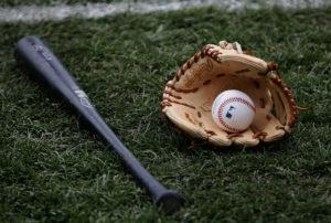 森本稀哲が『ライオンのグータッチ』に出演 指導した少年野球チームが大会に出場
