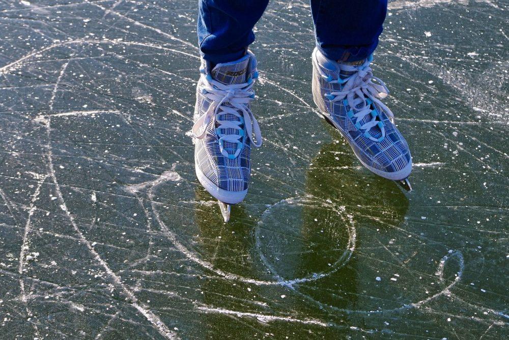 樋口新葉、メドべージェワ、坂本花織ら豪華スケーター達が艶やかな浴衣姿を公開 画像