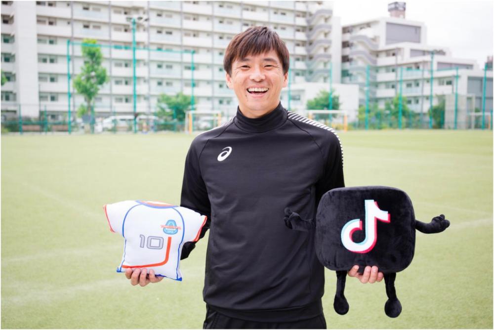 乾貴士と桑田真澄がTikTokデビュー!華麗な足技動画や、投球に関するレクチャー動画を投稿 画像
