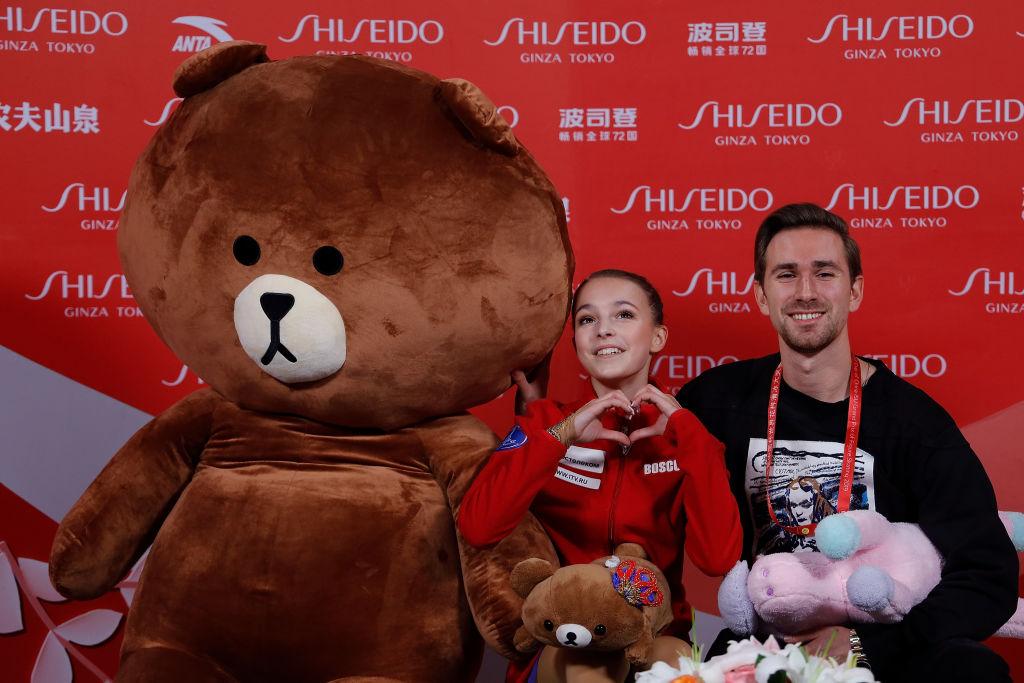 アンナ・シェルバコワ、超巨大&多数のLINE『ブラウン』とのショット 中国杯優勝、ロシアの15歳 画像