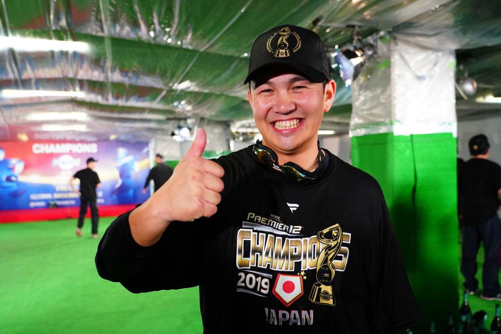 山﨑康晃、4年前の悔しさを晴らし胴上げ投手に 侍ジャパンの素顔を届けたSNSも有終の美  画像