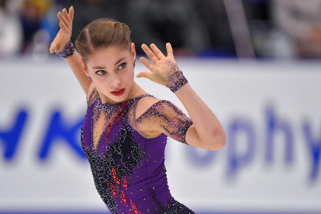 アリョーナ・コストルナヤ、NHK杯優勝に「ファイナルの出場権を獲得できて嬉しい」 グランプリシリーズは『ロシア3人娘』が金メダルを独占 画像