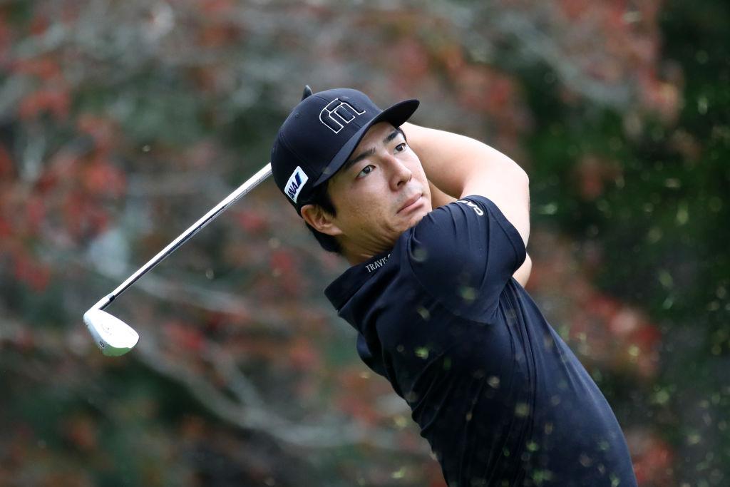 石川遼、年間獲得バーディ数と同じ数の電子辞書を小学校に贈呈 「ゴルフだけでなく勉強もサポートしていきたい」 画像