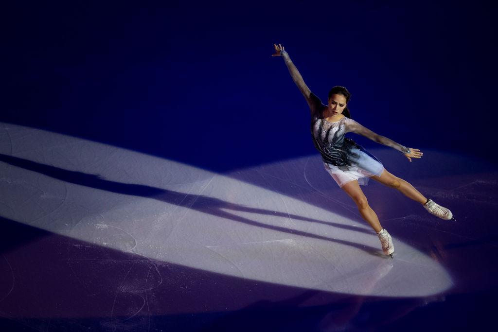 アリーナ・ザギトワが眠れる森の美女に変身 スケートリンクのオープニングセレモニーにて 画像