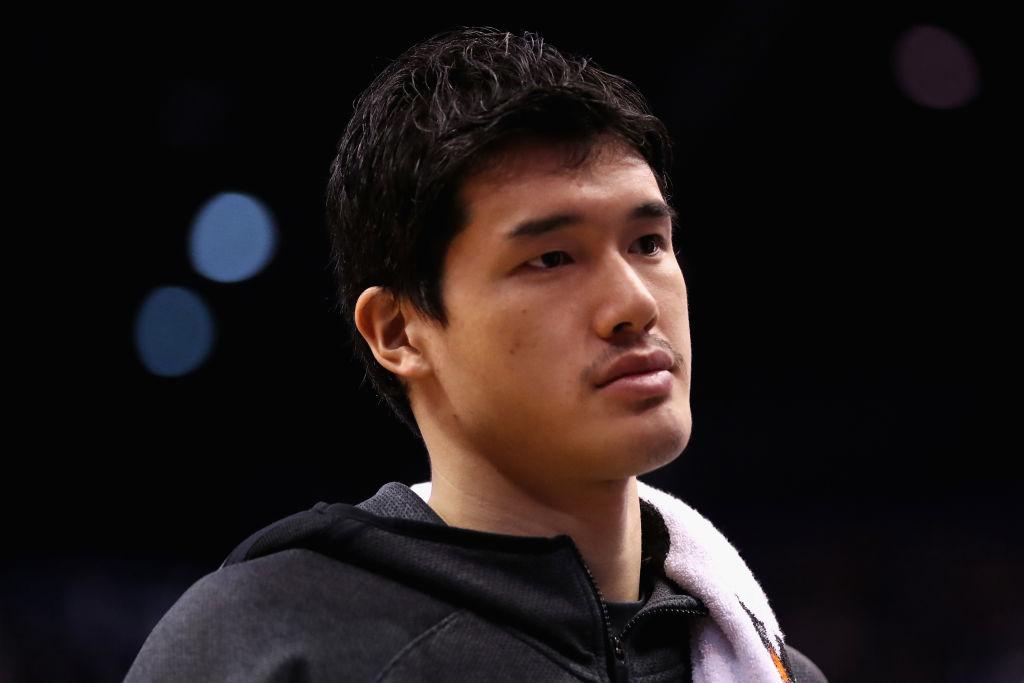 渡邊雄太と瀬戸大也が米国で2ショット 同じ94年生まれで日本スポーツを「盛り上げていきます」 画像