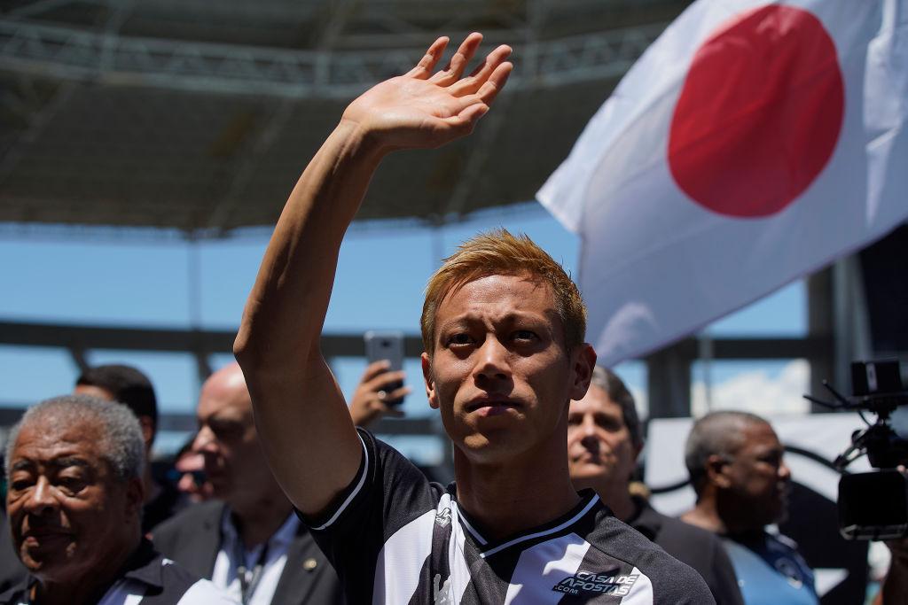 本田圭佑、移籍決定のボタフォゴファンの歓迎に「これまでに見たことのない光景」 画像