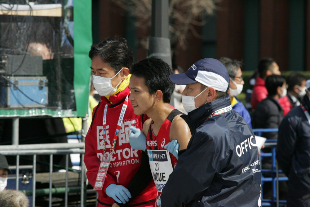 東京マラソン 井上大仁、30キロでペースダウン 日本新記録の大迫傑は「半端ない」 画像