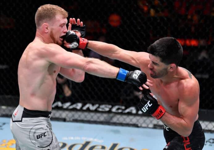 UFC 259:クルーズがケニーを下して5年ぶりの勝利 画像