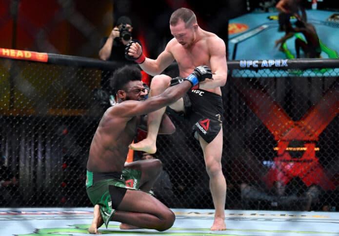 UFC 259:ヤンのインテンショナルファウルによりスターリングが新王者に 画像