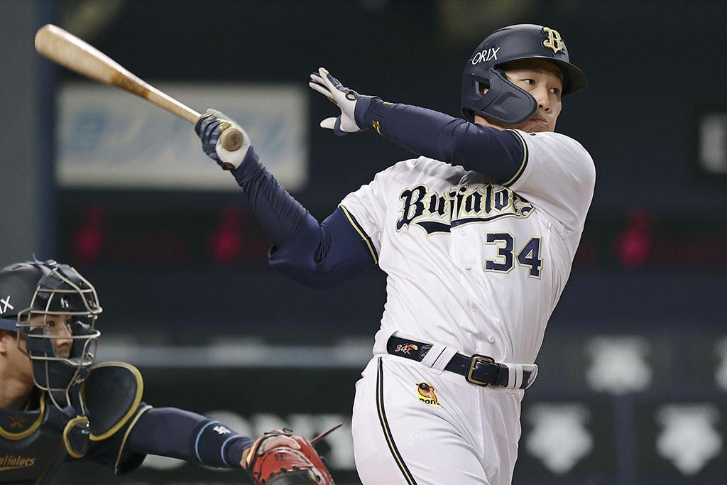 【プロ野球/打率TOP5】好不調トレーダー オリックス・吉田正は打率.348と独走状態 今週もヒット量産となるか 画像