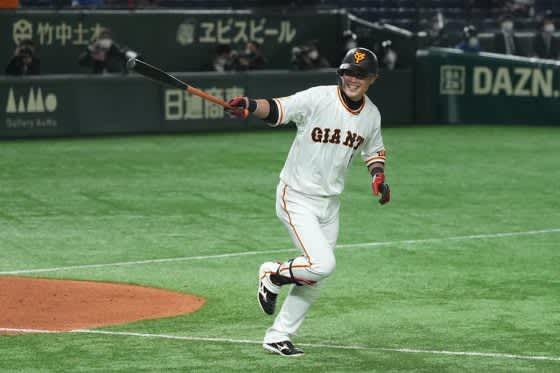 巨人が開幕戦勝利でリーグ3連覇へ好発進 9回代打亀井がサヨナラ本塁打 画像
