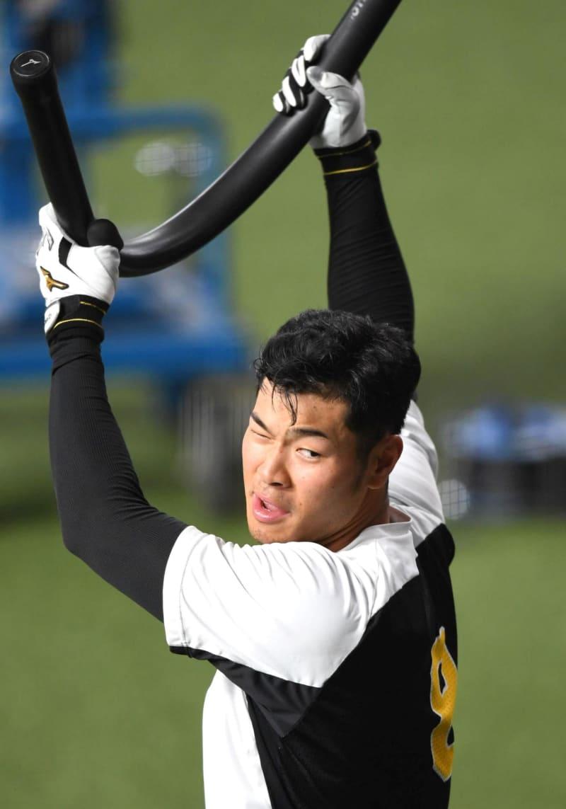 阪神・佐藤輝が初のスタメン落ち 2試合連続無安打中 画像