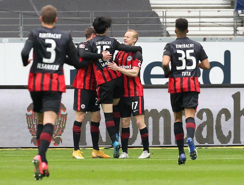 サッカー=フランクフルト鎌田が得点、チームは競り勝つ 画像