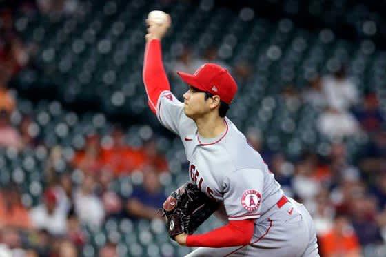 【MLB】大谷翔平、メジャー自身初のリアル三刀流 7回10K1失点で2勝目ならずも右翼手でプレー 画像