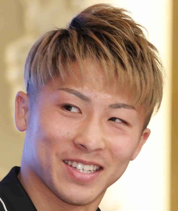 【ボクシング】井上尚弥が「ドネア強ぇ!!!」とツイート 試合前はウバーリの判定勝ち予想も圧巻のKOを称賛 画像