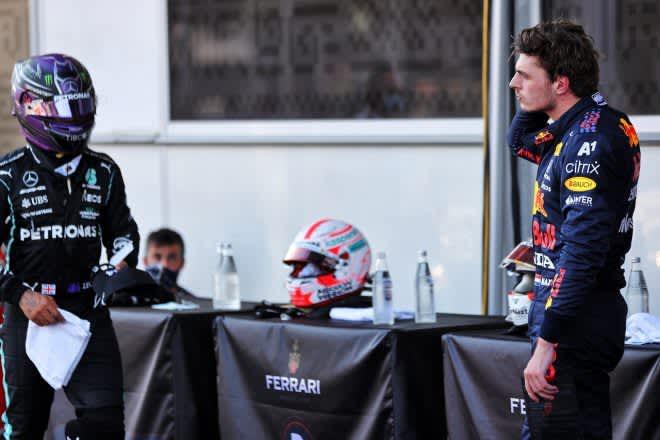 フェルスタッペン「僕がメルセデスF1に乗ればルイスより0.2秒速く走れる」マシンの優位性への指摘に反発 画像