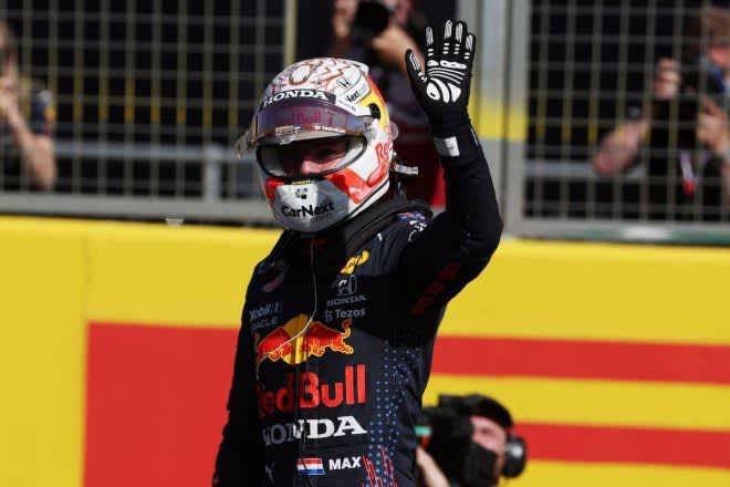 レッドブル・ホンダのフェルスタッペンがスタートで首位奪取 完勝でポール獲得【スプリント予選レポート/F1第10戦】 画像