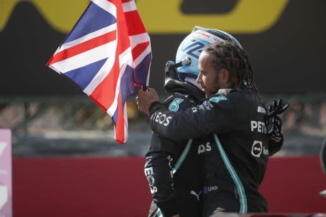 ハミルトン「接触が起きた場合はどちらにも責任がある」メルセデス/F1第10戦決勝 画像