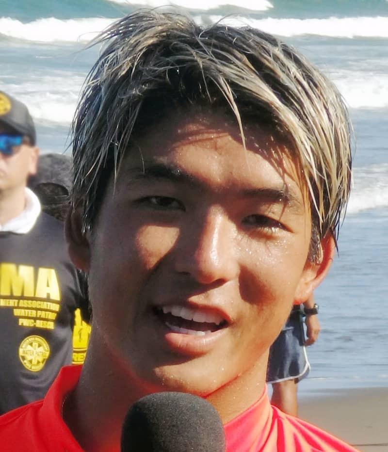 サーフィン・五十嵐カノア 五輪会場入り「感動して鳥肌」「金メダル獲れる準備」 画像