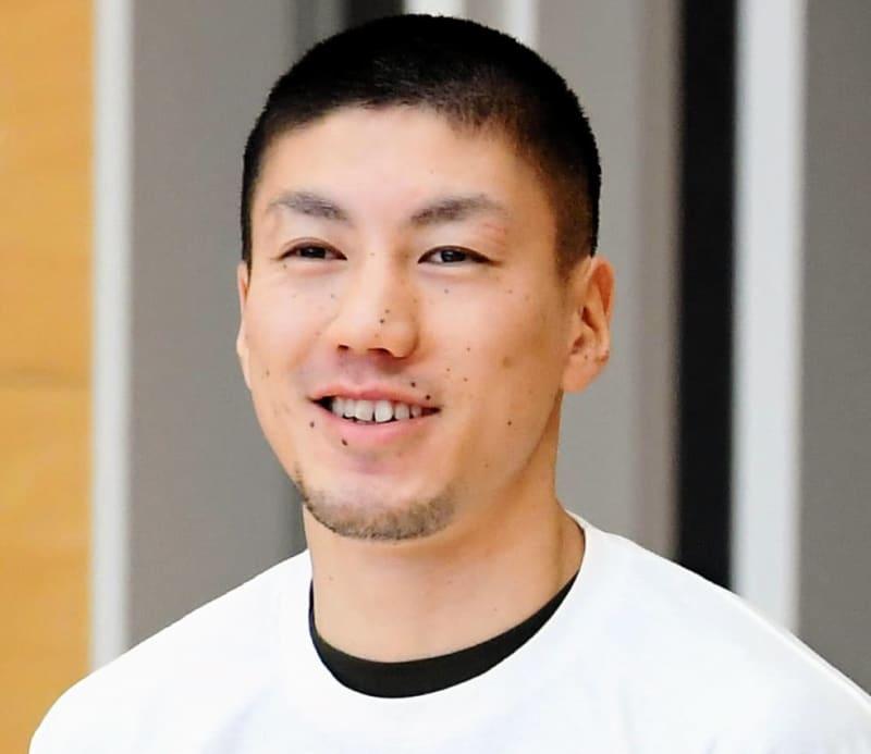 ボクシング 成松大介が無念の棄権 1回戦で額を陥没骨折 画像